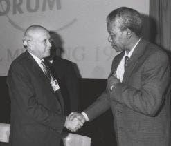 De Klerk and Mandela at the World Economic Forum, Davos, in 1992. (Image: World Economic Forum)