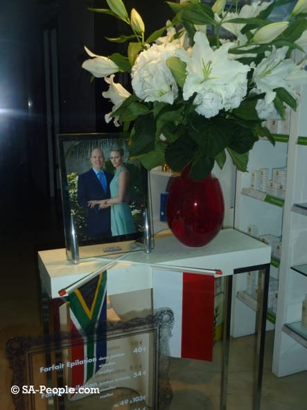 Even the shop window displays are flying the flag for South Africa