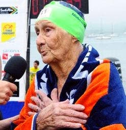 Octogenarian Lorna Cochran plans to break the Midmar Mile record for the oldest finisher.