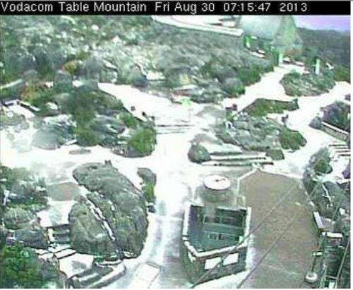 table-mountain-snow