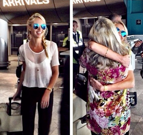 South African model Candice Swanepoel embraces her mother