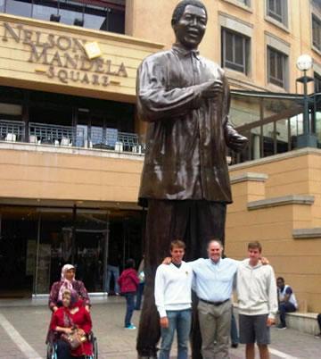 Nelson Mandela Square - Pierre de Charmoy
