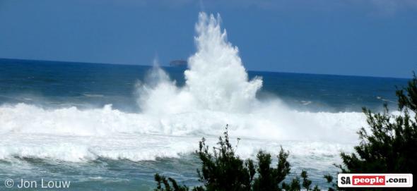 Umdloti waves