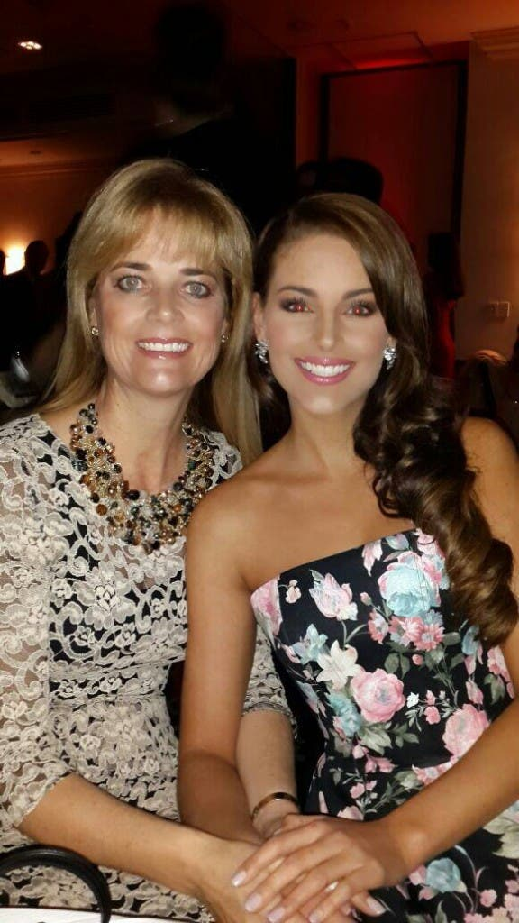 Miss World Rolene Strauss with her mom