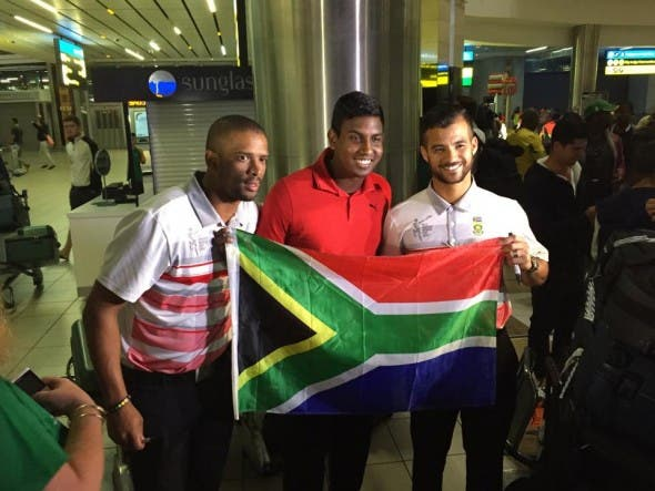 Fans welcome South African Proteas back home