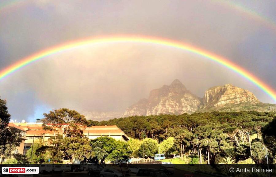 rainbow-over-table-mountain