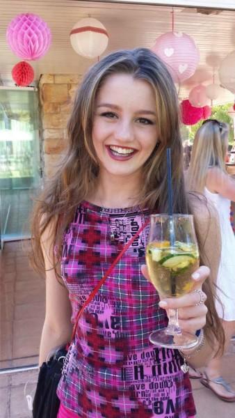 Jenna Lowe