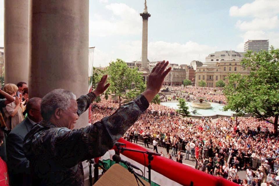 Nelson Mandela in Trafalgar Square