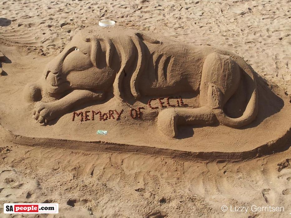 South African beach sand art