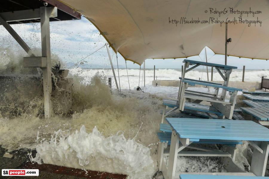 kalk-bay-flood2