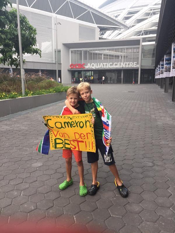Cameron van der Burgh fans in Singapore
