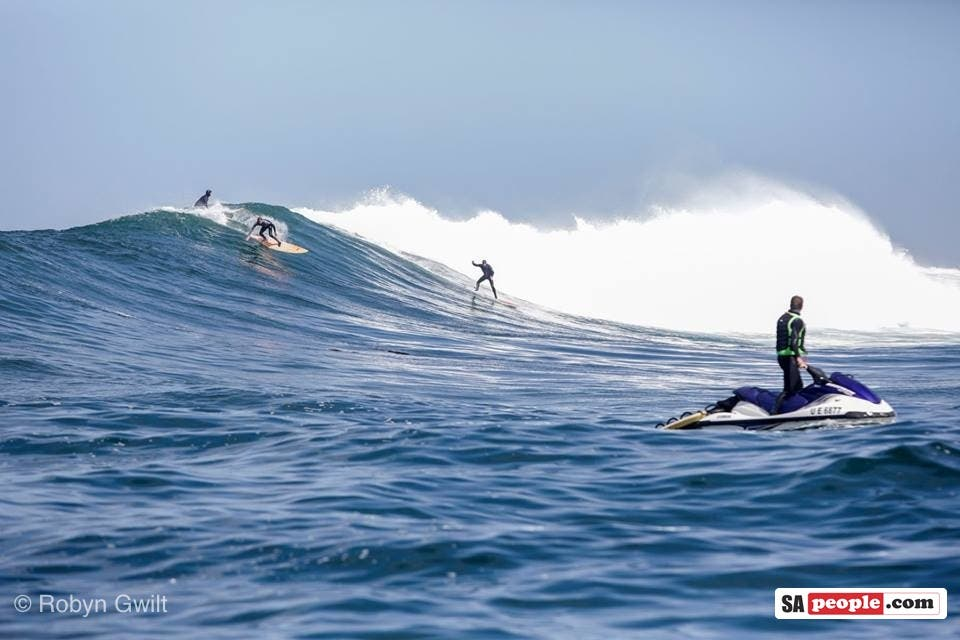 Big Wave Surfers, Dungeons, South Africa
