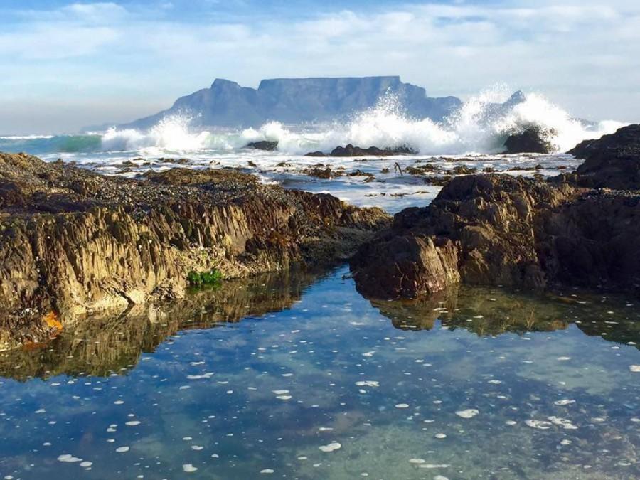 Table Mountain by Ria Viljoen