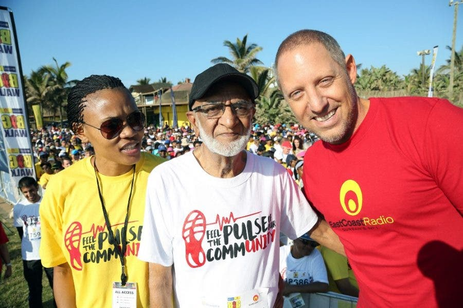 The oldest participant, 85 year old Ahmed Dawjee, with East Coast Radio's General Manager, Boni Mchunu and presenter Damon Beard