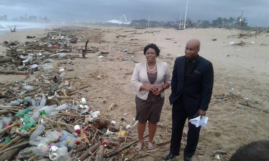 Durban litter on beach