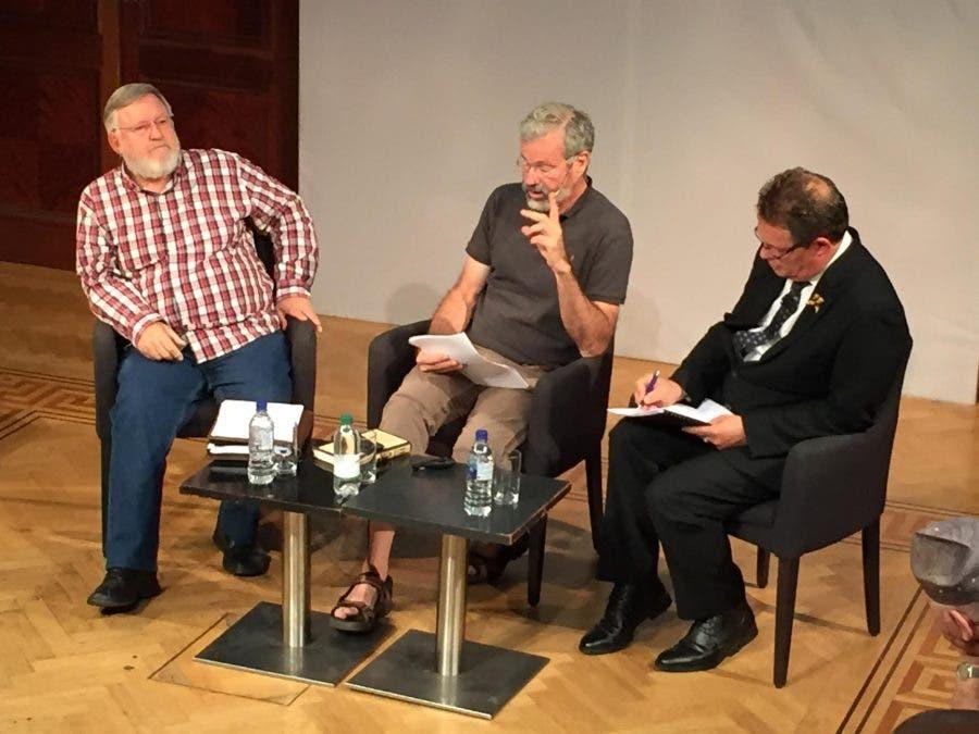 Debate on rhino horn trading2