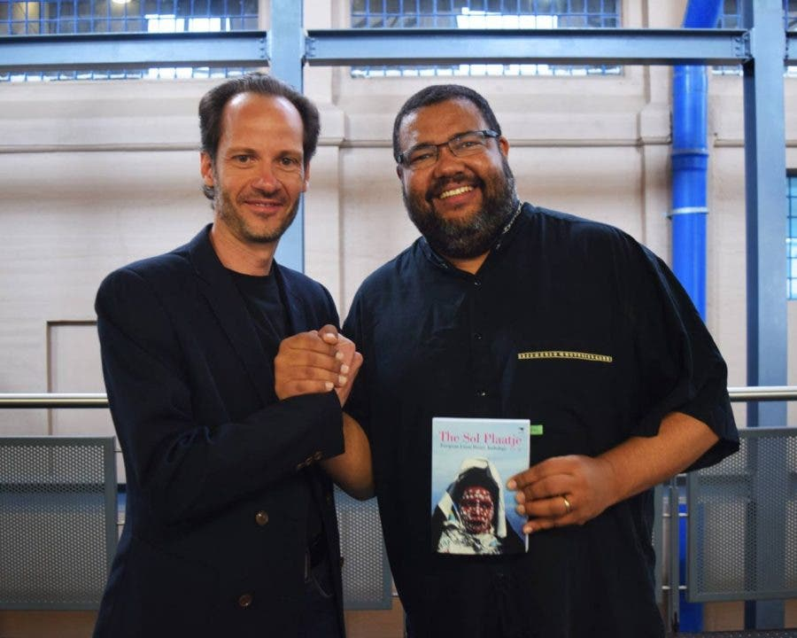 Read to Rise project's Steve Tsakiris (left) and Athol Williams. Source: Theart Press