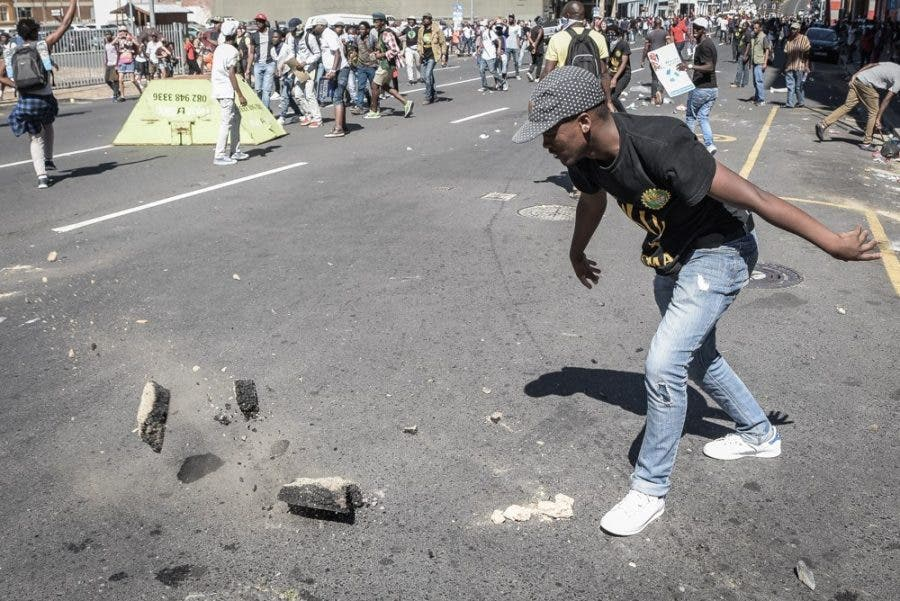 cape-town-protests11