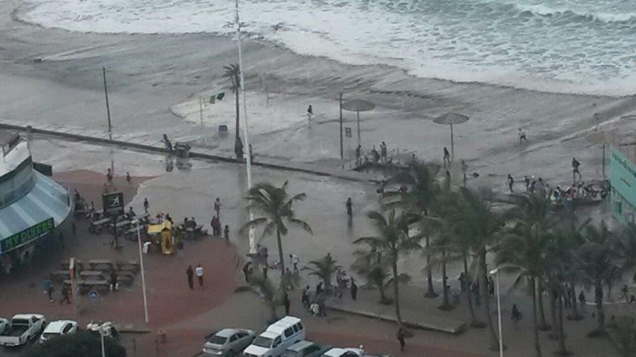 Massive waves in Durban