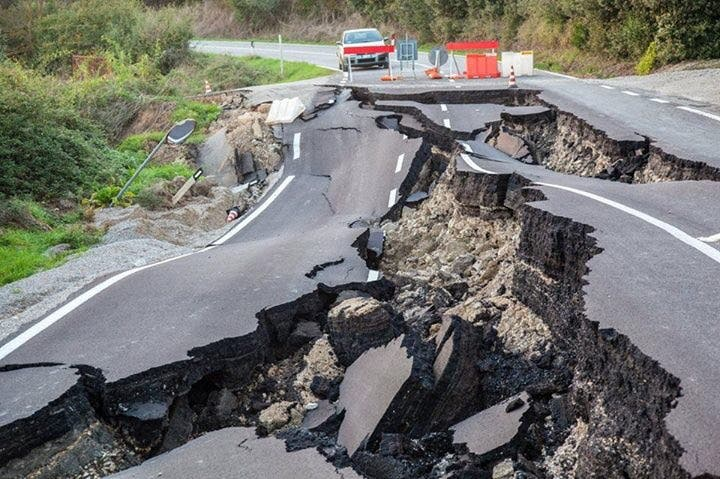 New Zealand Earthquake and Tsunami Update and Images ...