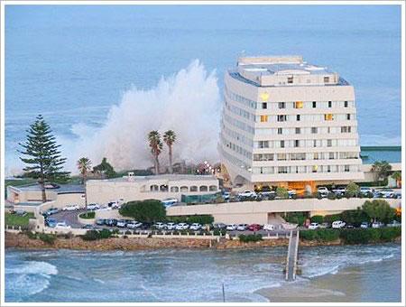 plett-big-wave-2008