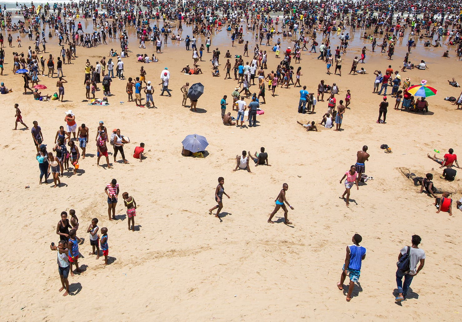 durban beach news year day