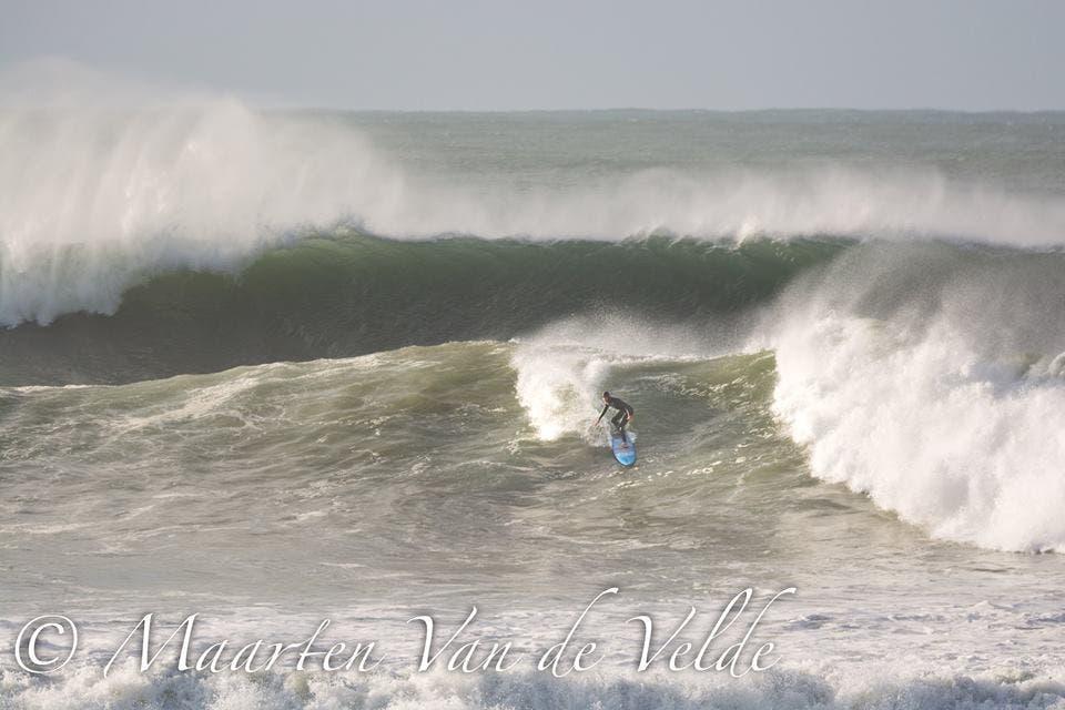 massive swell hits jbay