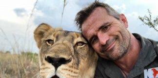 kevin richardson lion whisperer south africa