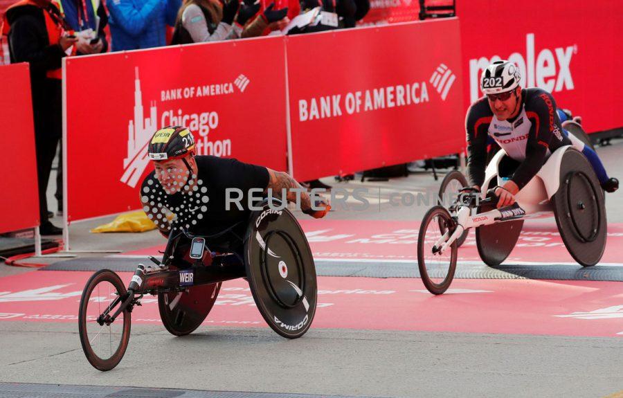 Ernst van Dyk at the Chicago Marathon wheelchair race