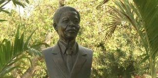 Nelson Mandela memorial statue cuba havana