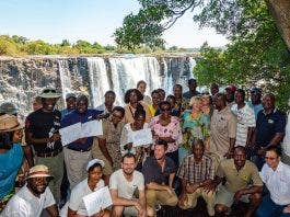 victoria falls not dry zimbabwe