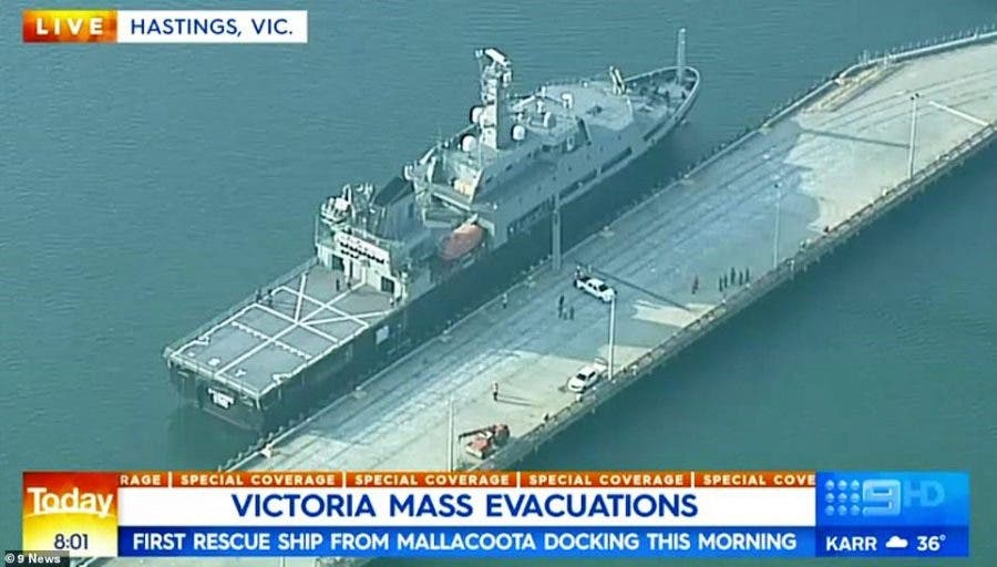 South African expat captain in Australian rescue mission Victoria mass evacuations