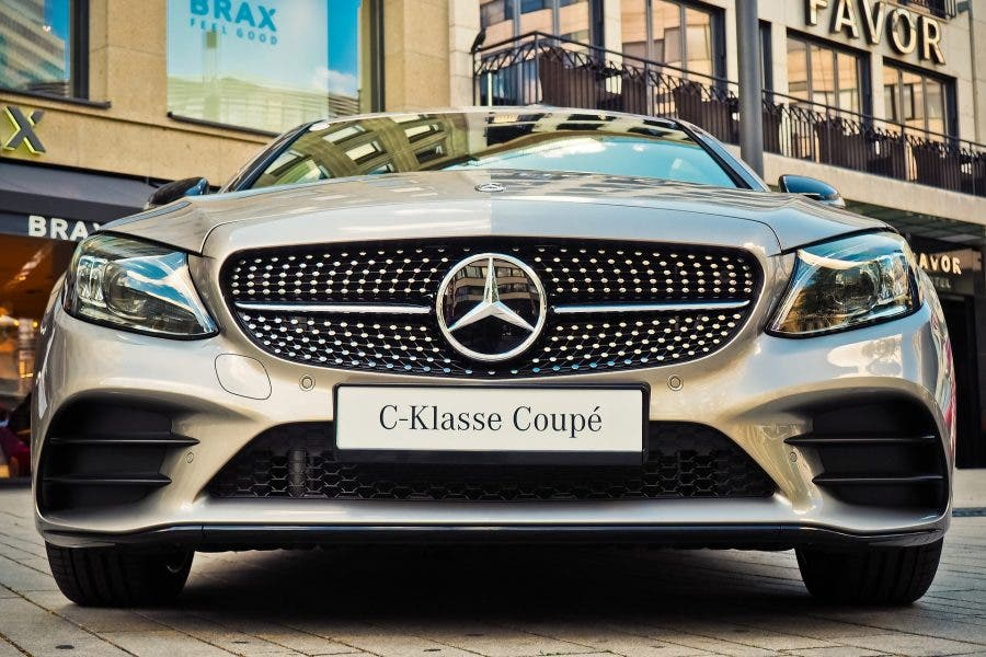 mercedes benz south african mayor