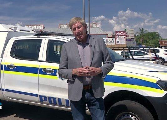 carte blanche on sunday police arrests