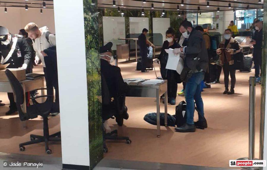 coronavirus rome italy airport masks