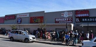 Nyanga Mall-BuziweNocuze-social distancing supermarket gu
