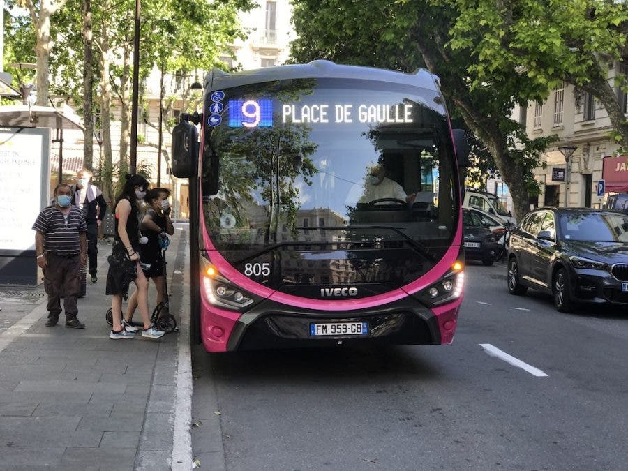 Free bus rides for anyone in Antibes