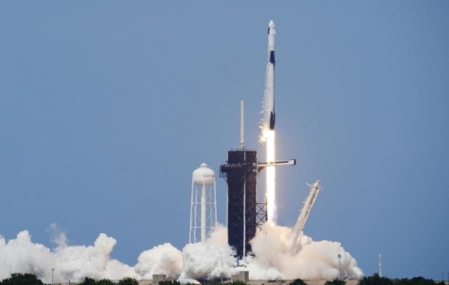 Elon Musk says he's taking a break from Twitter