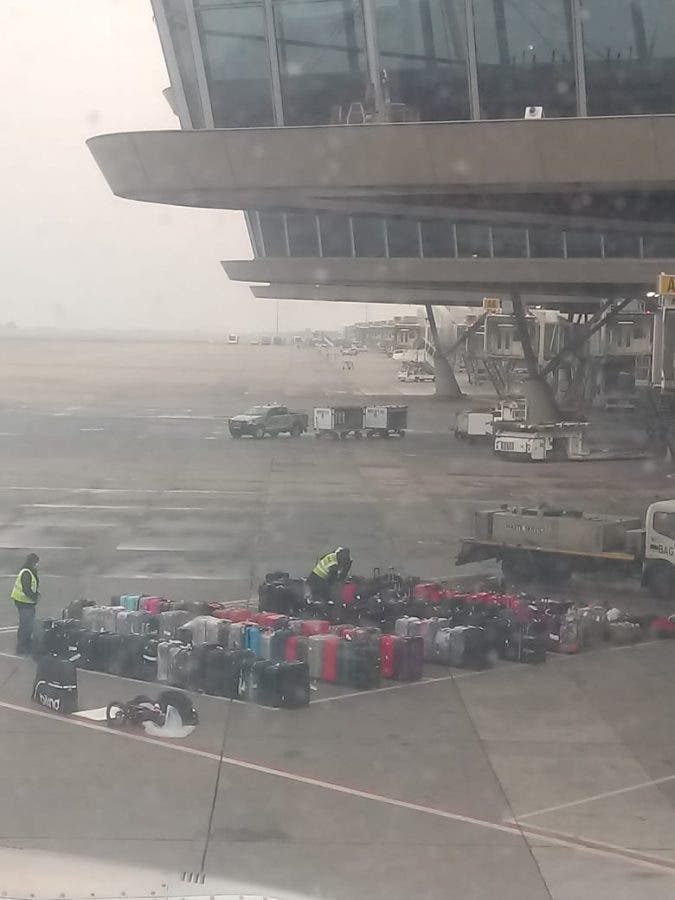 suitcases or tambo airport south africans panama