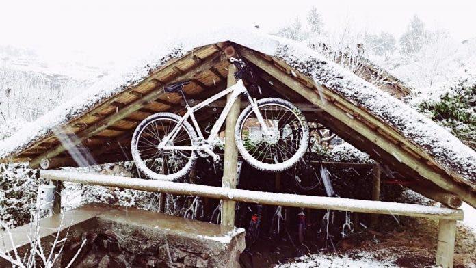 Semonkong July Snow