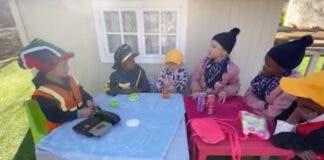 children chat in setswana, farm south africa