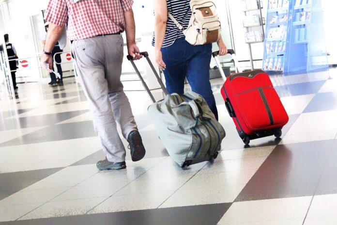 travel airport passengers