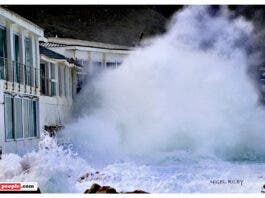 huge waves kalk bay harbour house restaurant