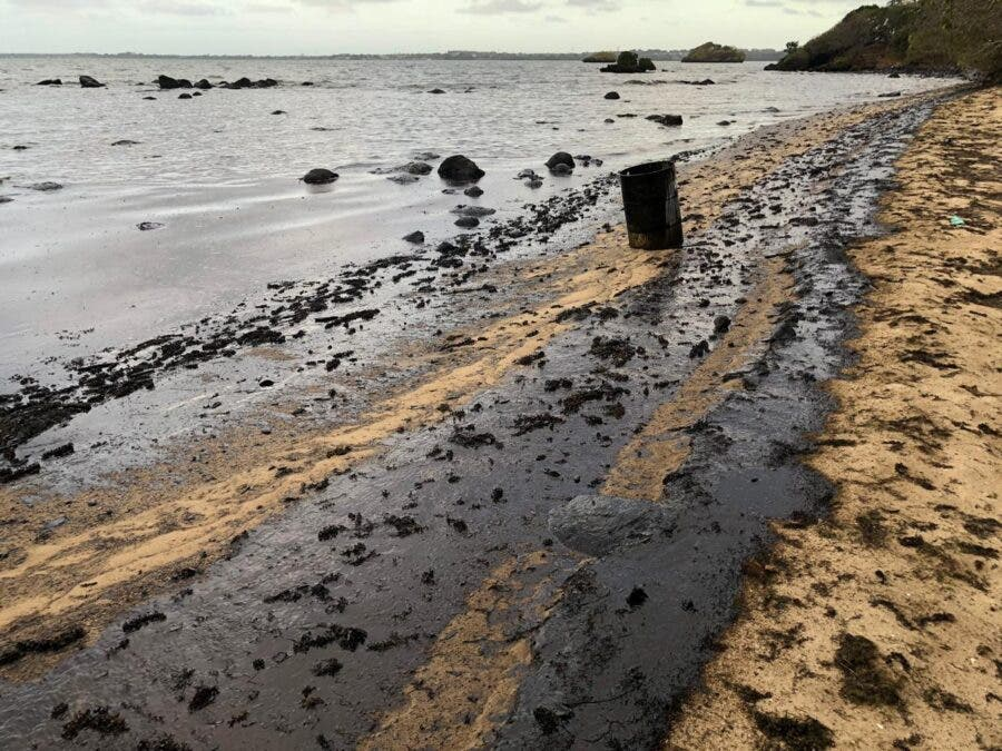 mauritus oil spill