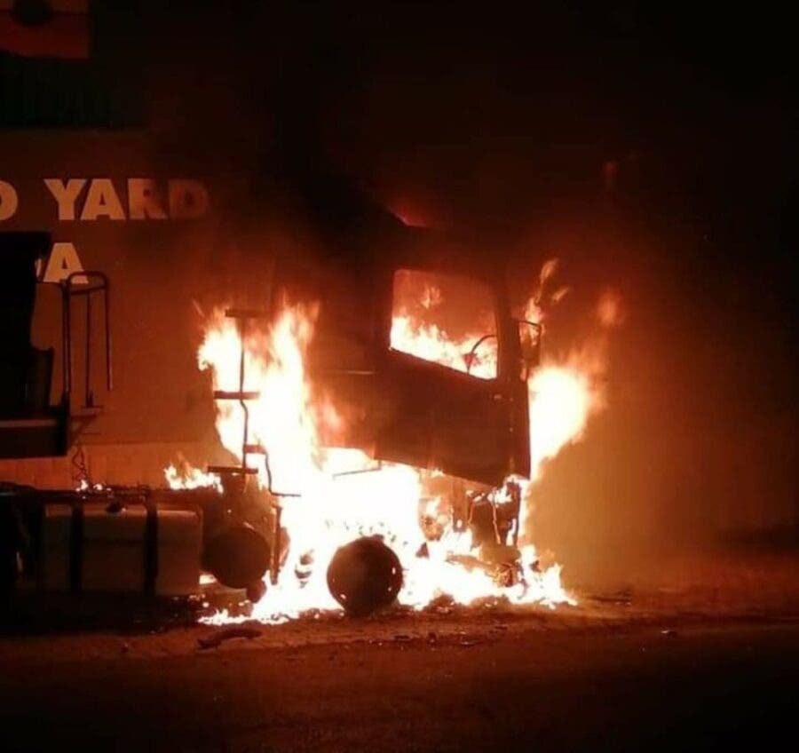 A truck burning in Bethal