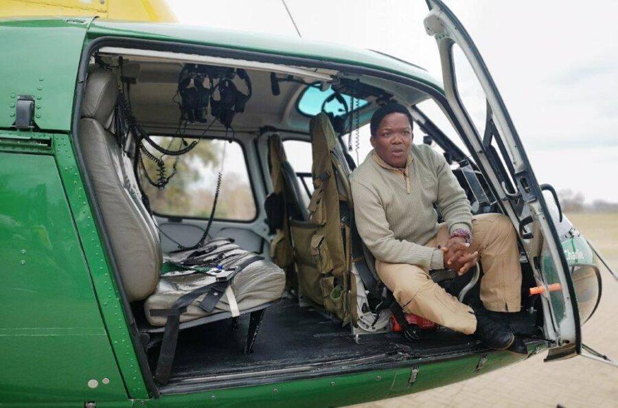 SANParks Celebrates South Africa's First Black Game Capture Pilot, Captain David Simelane