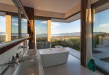 Villa Pincushion Bathroom Grootbos