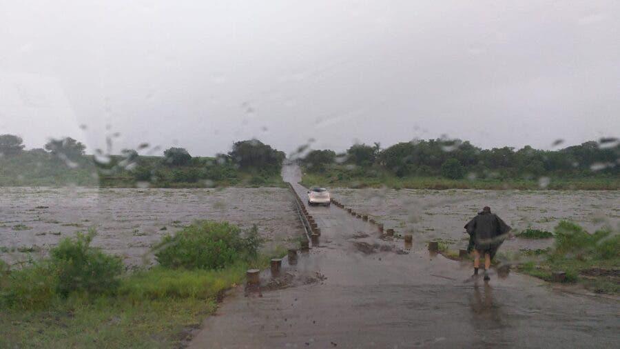 crocodile bridge closed kruger eloise floods