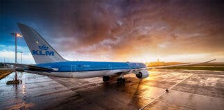klm cancels flights dutch ban south africa