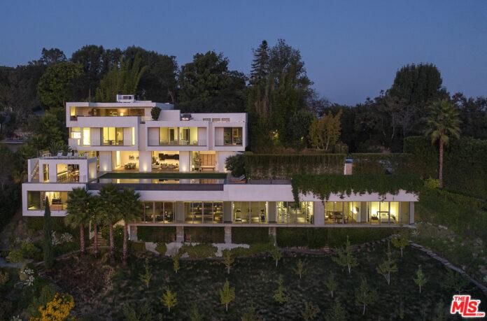 Trevor Noah buys LA mansion